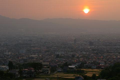 山形市の夕景_e0084756_8403665.jpg