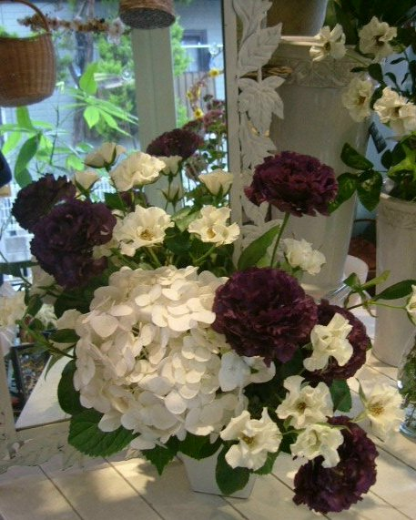 オークリーフ花の教室(北村さんの作品)_f0049672_13224859.jpg