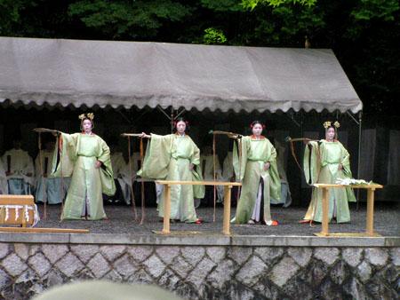 伏見稲荷 田植え祭り_e0048413_2029154.jpg