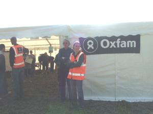 ケンブリッジを歩くチャリティイベント「Oxfam Walk」_e0030586_1728880.jpg