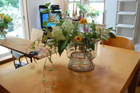 6月お花の会のスイーツ_a0004863_155354.jpg