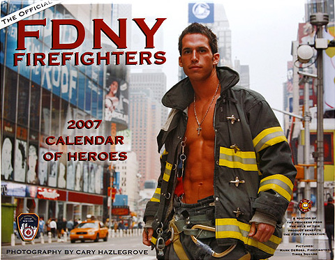 NYPDの騎馬隊とNYFDのカレンダー_b0007805_1146408.jpg