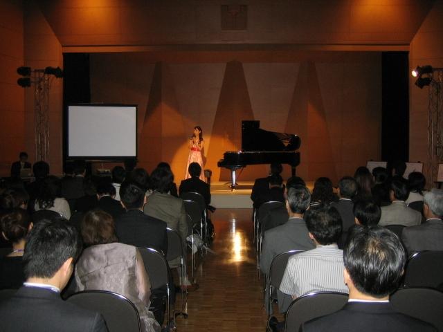 新しいピアノ_f0064017_1816526.jpg