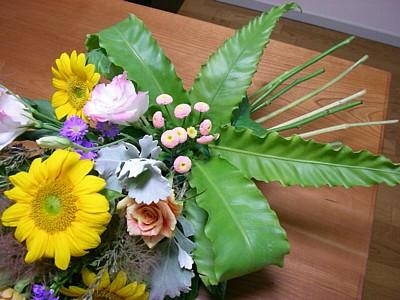 花束アレンジ_c0038434_21562073.jpg