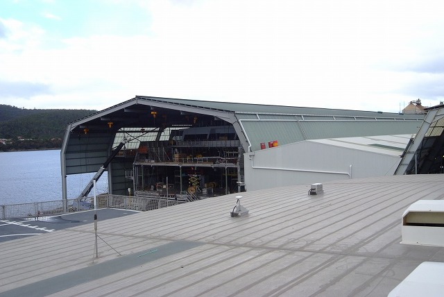 スクープ映像 世界最速フェリーボートタスマニアから日本参上 その1_f0050534_733445.jpg