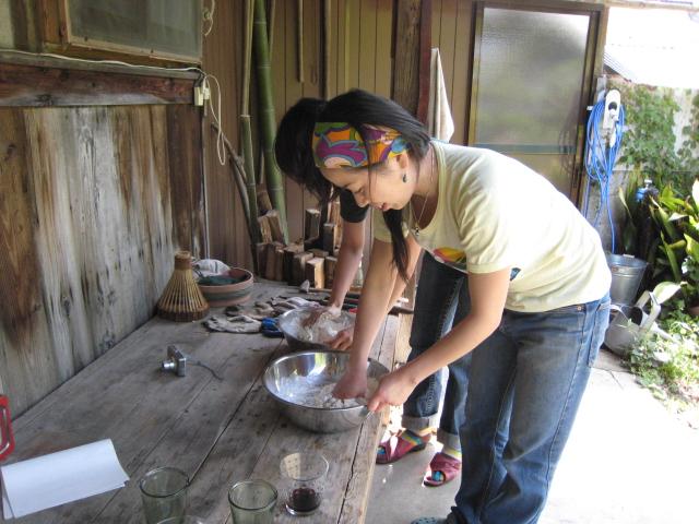 パン作りとネパール_e0111396_1474432.jpg