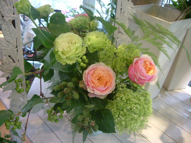 オークリーフ花の教室(望月さんの作品)_f0049672_12342222.jpg