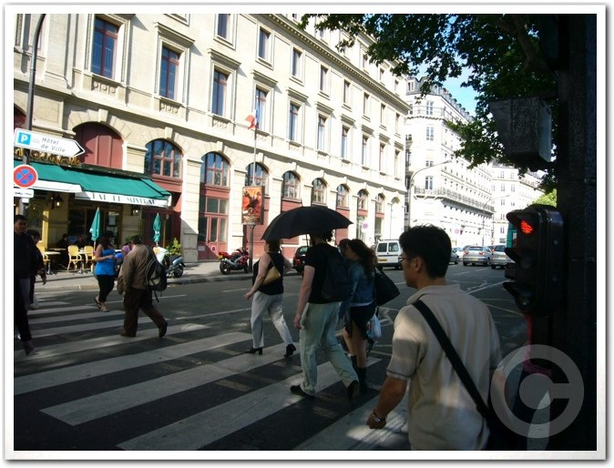 ■最近のパリから_a0008105_1838717.jpg