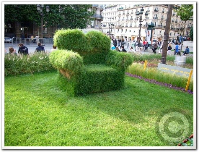 ■パリ市庁舎前のガーデン(JARDINS)_a0008105_1971276.jpg