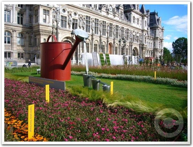 ■パリ市庁舎前のガーデン(JARDINS)_a0008105_1972681.jpg