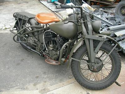 Gee Motorcycles_a0095515_1944899.jpg
