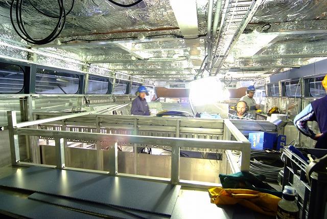 スクープ映像 世界最速フェリーボートタスマニアから日本参上2_f0050534_19244329.jpg