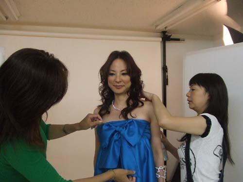 撮影で、マリー秋沢、こんなに変身しちゃいました!_f0094800_15393210.jpg