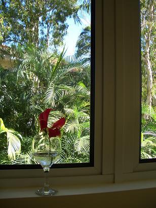ホテルの部屋に花を飾る_a0098948_13434880.jpg