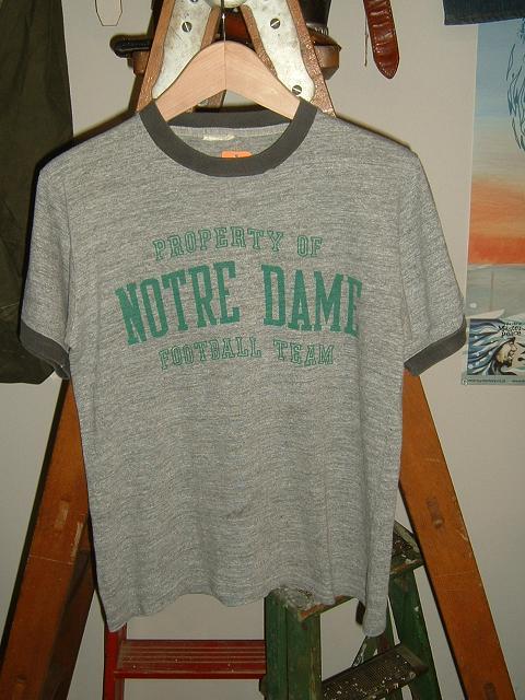 カレッジTシャツ!_d0121303_2310690.jpg