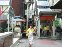 バンコクぐーたら旅行その2-月曜日は黄色!_b0074921_22271755.jpg