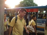 バンコクぐーたら旅行その2-月曜日は黄色!_b0074921_22302433.jpg