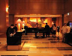 ザ・リッツ・カールトン東京/1_b0035734_19202429.jpg