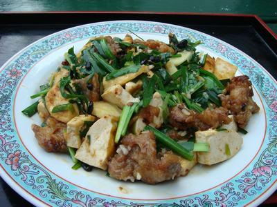 韮豆腐炒肉条_d0100880_1241936.jpg