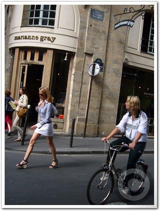 ■街角の自転車(パリ)_a0008105_840766.jpg