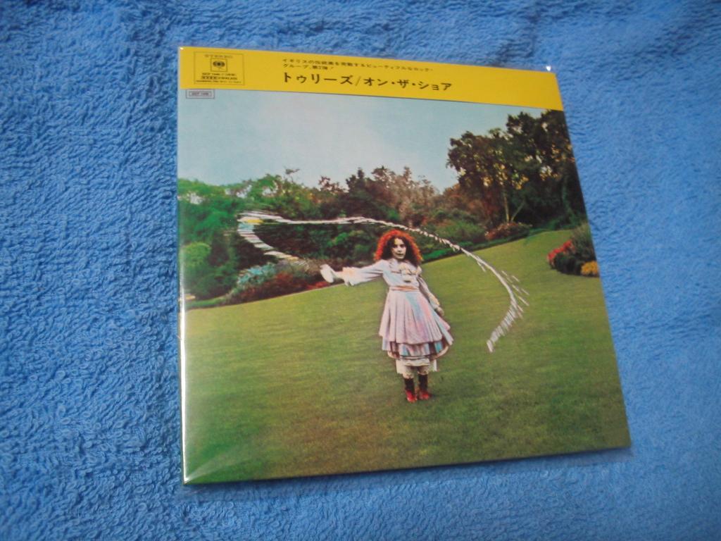TREES / ON THE SHORE (紙ジャケ + Bonus CD)_c0065426_17395311.jpg