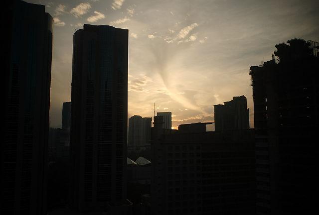 今朝、関空に到着・・・大阪の朝は涼しい~_c0009443_22195969.jpg