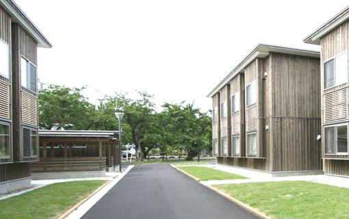国際教養大学宿舎  14:昨日24日_e0054299_0373684.jpg
