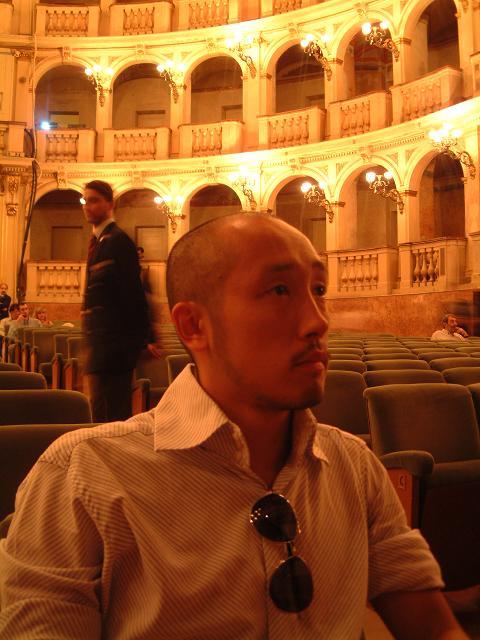 劇場で映画を。_e0017332_939687.jpg