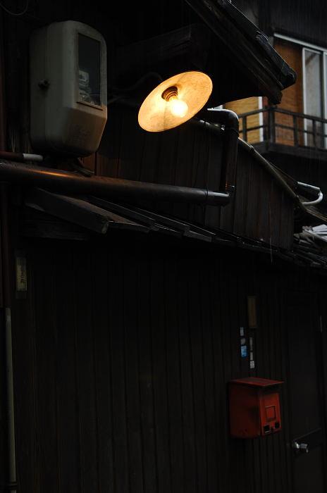 雨の日街角・其の三_f0032011_20474446.jpg