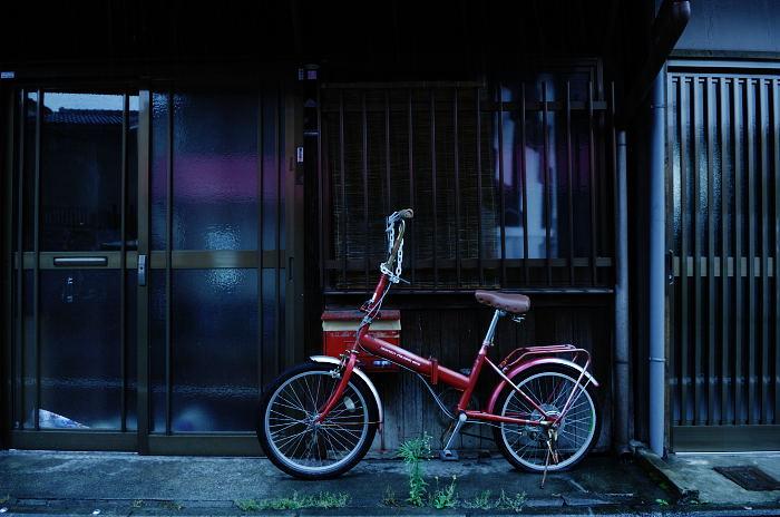 雨の日街角・其の三_f0032011_20475122.jpg