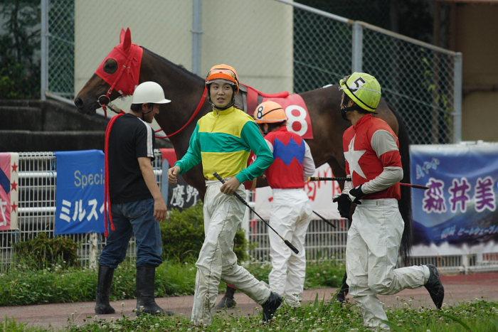 2007年6月24日(日) 高知競馬 8R シルバーありがと特別_a0077663_18475049.jpg
