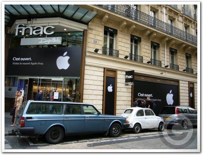 ■Apple Shop Open(パリ)_a0008105_7112561.jpg