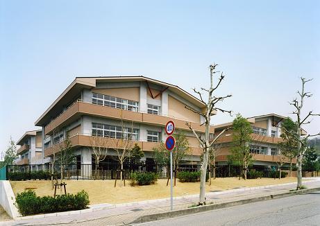 金沢市立杜の里小学校校舎新築工事(建築工事)_d0095305_1336062.jpg