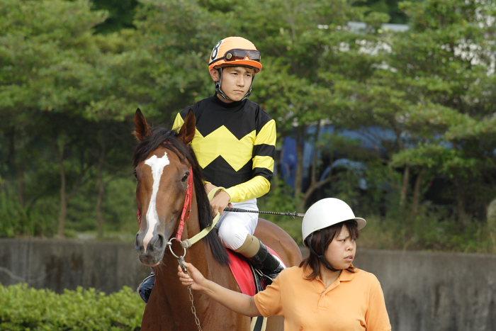 金沢競馬の田知弘久(たちひろひさ)騎手、登場!!_a0077663_18354085.jpg