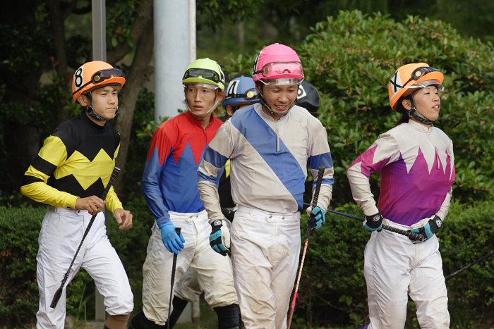 2007年6月30日(土) 高知競馬 10R 高知なすは日本一特別 パドック_a0077663_1924354.jpg