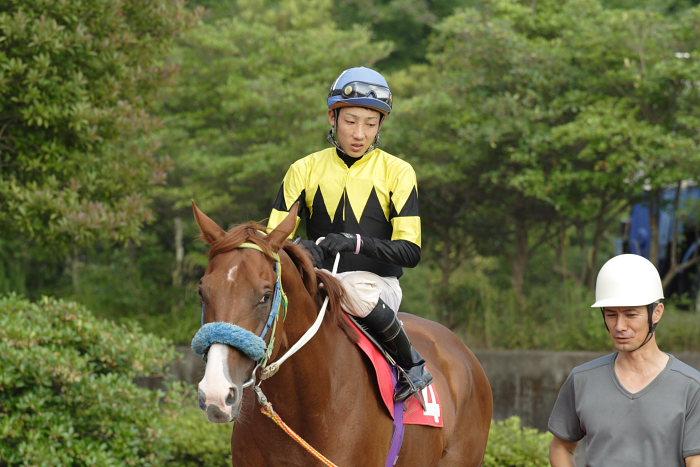 2007年6月30日(土) 高知競馬 10R 高知なすは日本一特別 パドック_a0077663_19251565.jpg