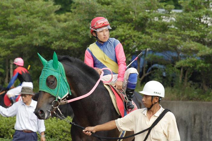 2007年6月30日(土) 高知競馬 10R 高知なすは日本一特別 パドック_a0077663_1925534.jpg
