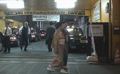 イボイノシシの道草・北新地(Ⅰ)      2007年6月29日_d0083265_23291378.jpg