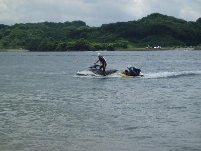 海開きと訓練_a0077071_1811137.jpg