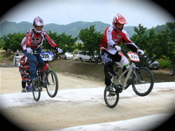 2007JBMXFジャパンシリーズ西日本選手権VOL4 Day1年齢別クラス予選の画像垂れ流しその2_b0065730_22452142.jpg