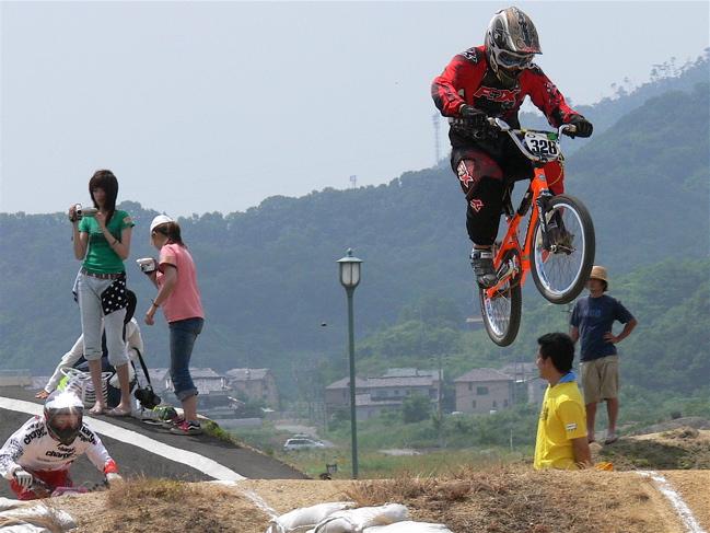 2007JBMXFジャパンシリーズ西日本選手権VOL4 Day1年齢別クラス予選の画像垂れ流しその2_b0065730_2250778.jpg