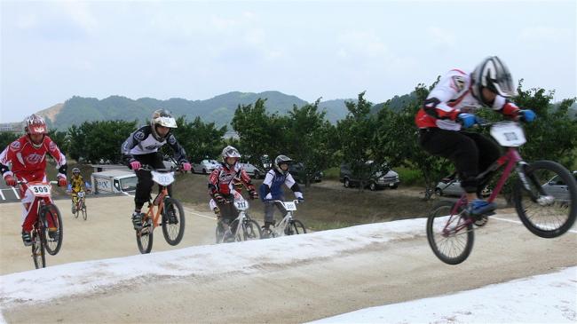 2007JBMXFジャパンシリーズ西日本選手権VOL4 Day1年齢別クラス予選の画像垂れ流しその2_b0065730_22552411.jpg