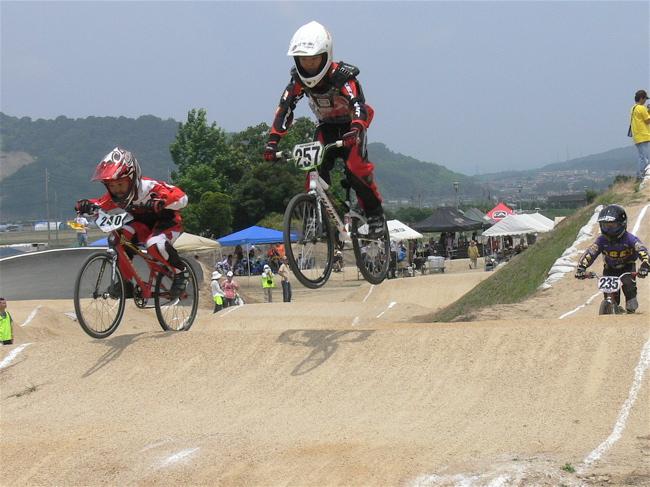 2007JBMXFジャパンシリーズ西日本選手権VOL4 Day1年齢別クラス予選の画像垂れ流しその2_b0065730_22575741.jpg
