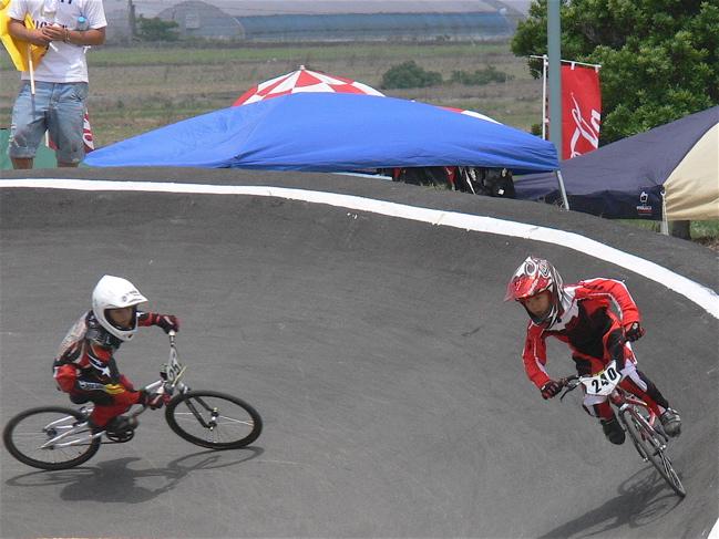 2007JBMXFジャパンシリーズ西日本選手権VOL4 Day1年齢別クラス予選の画像垂れ流しその2_b0065730_22584551.jpg