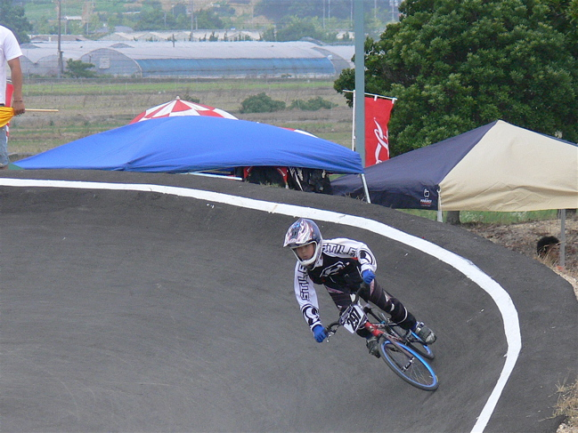 2007JBMXFジャパンシリーズ西日本選手権VOL4 Day1年齢別クラス予選の画像垂れ流しその2_b0065730_2303268.jpg