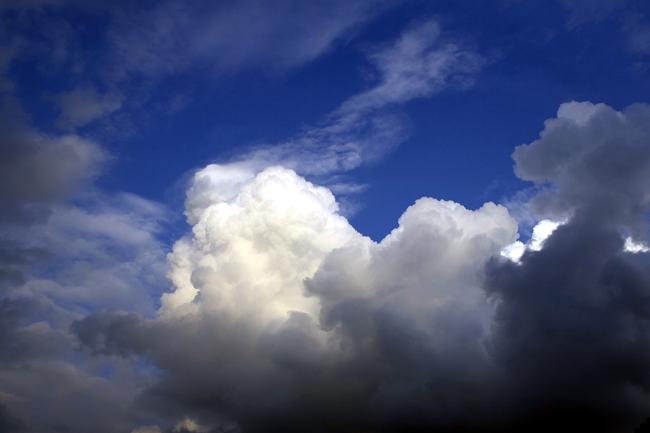 湧き立つ雲_c0054876_2003427.jpg