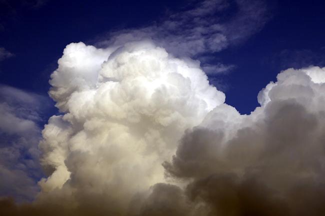 湧き立つ雲_c0054876_2012654.jpg