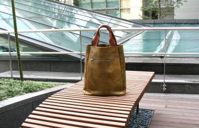 刷毛目のバッグ in 東京ミッドタウン_a0102486_935476.jpg
