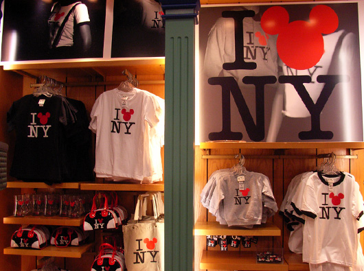 ディズニーのNYグッズ World of Disney New York_b0007805_6252151.jpg