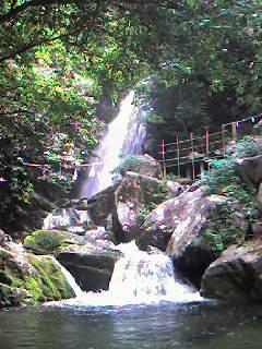 福岡市内にこんなところが!坊主ヶ滝_d0116009_1185572.jpg